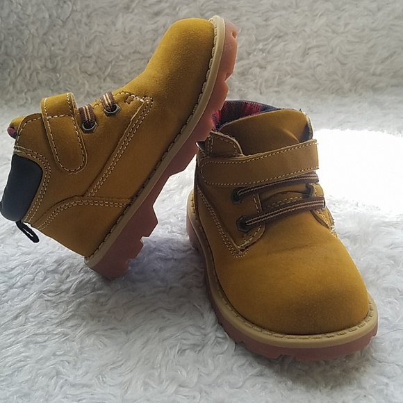 94c2c4e01b0 Boys Garanimals working boots